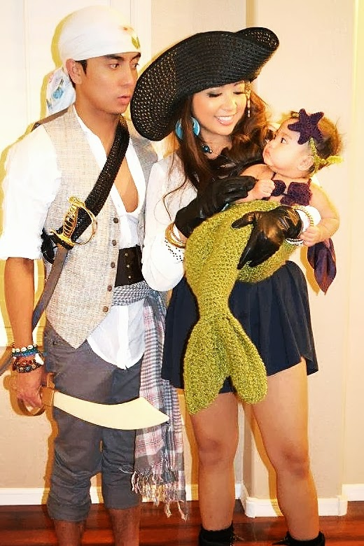 pirates and their tiny mermaid - Baby And Family Halloween Costumes