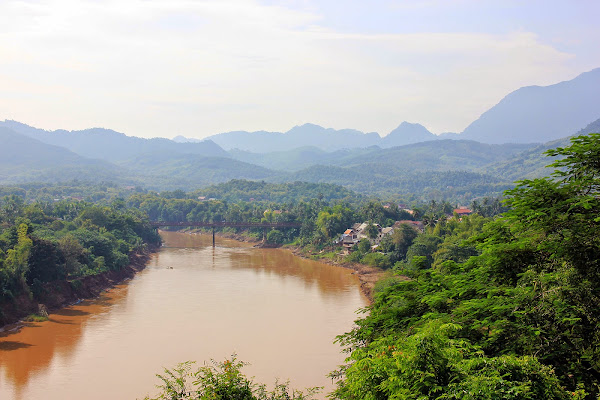 Nam Khan River seen from the Phou Si Hill
