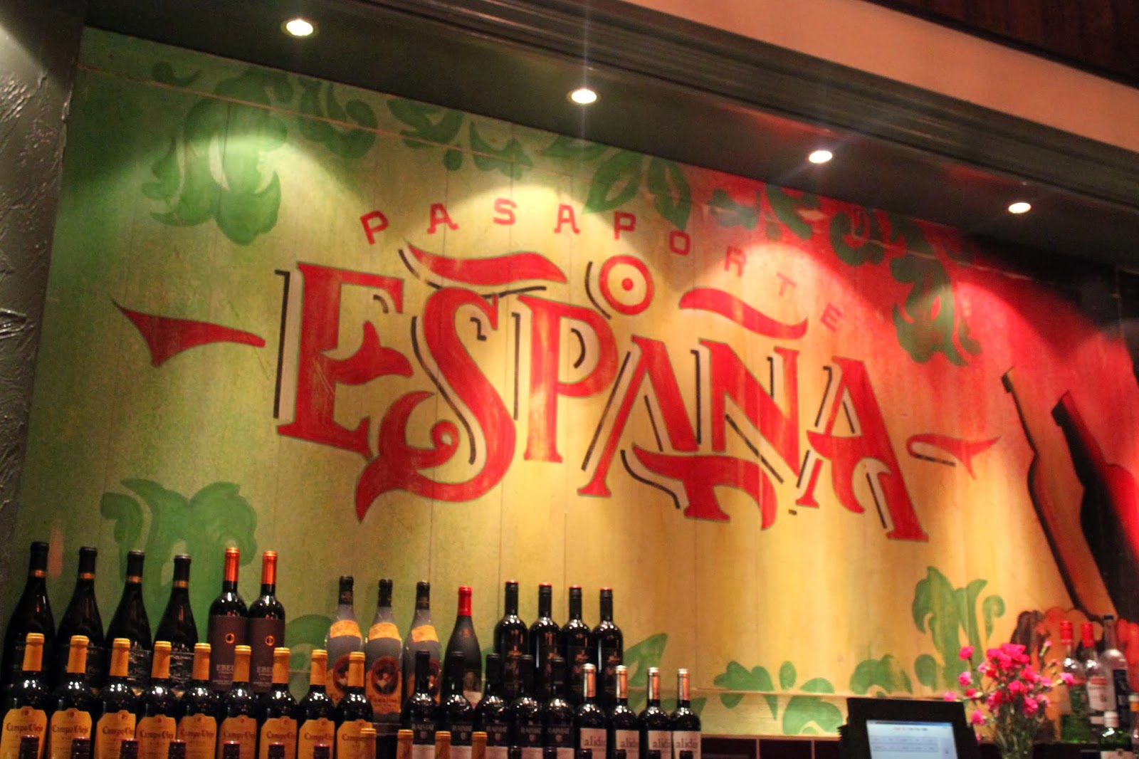 FOOD : LA TASCA RE-OPENING