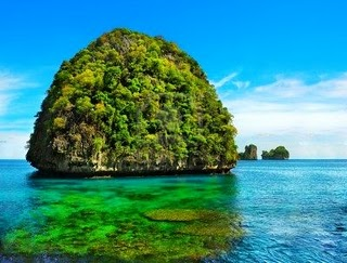 Description Maya Bay Is One Of The Best Admirable And Actual To Visit This Amid In National Parks Adequate By Cliffs