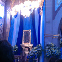 interor de la iglesia san jeronimo durante el 12 de dicimbre en Iramuco