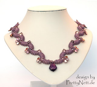"Necklace ""Wave""lilac - deisgn by PrettyNett.de"