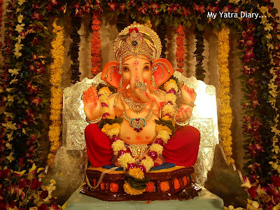 Ganpati Pandal Hopping in Mumbai