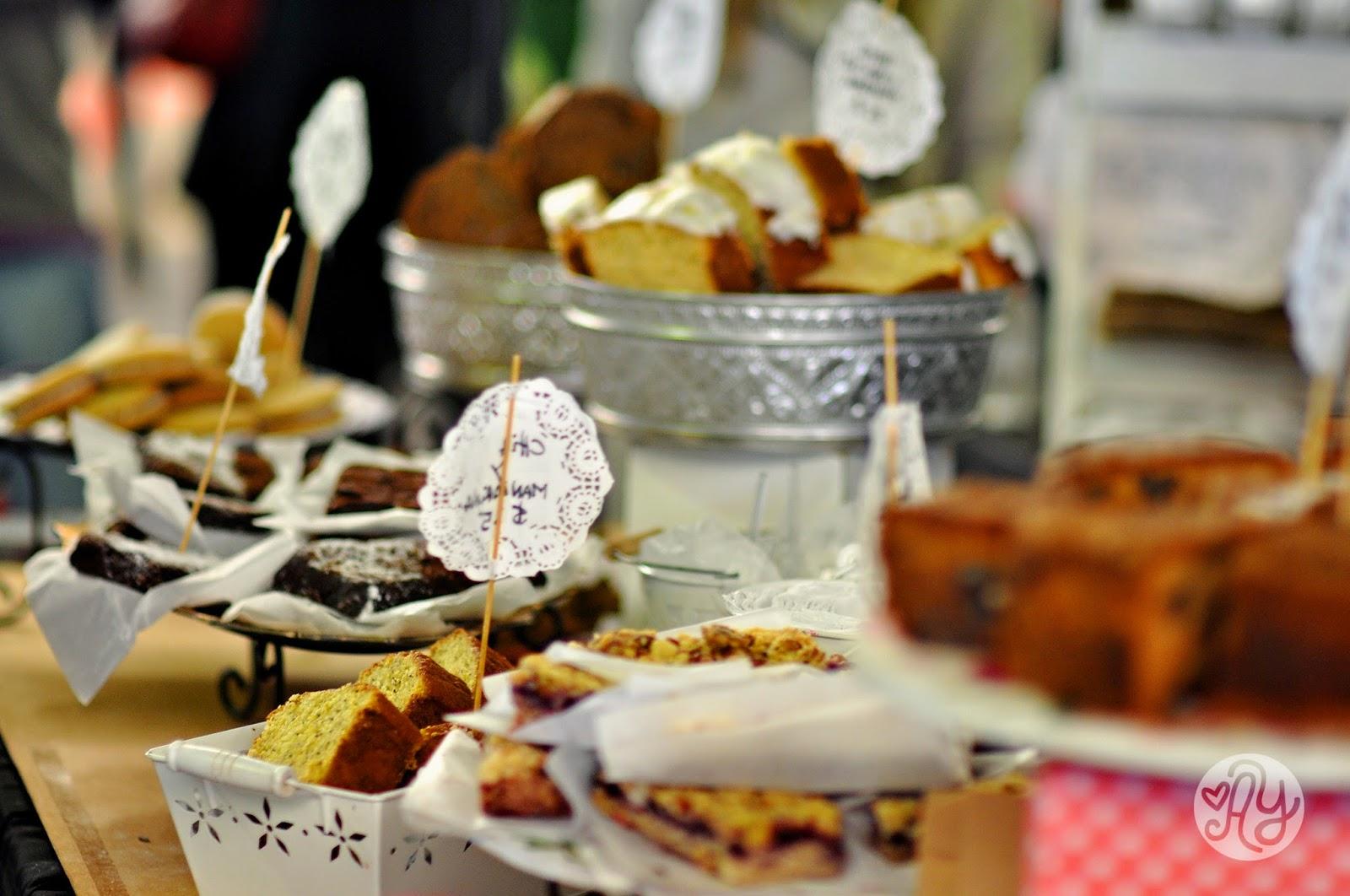 Puesto de pasteleria Moii en la feria de comida Buenos Aires Market
