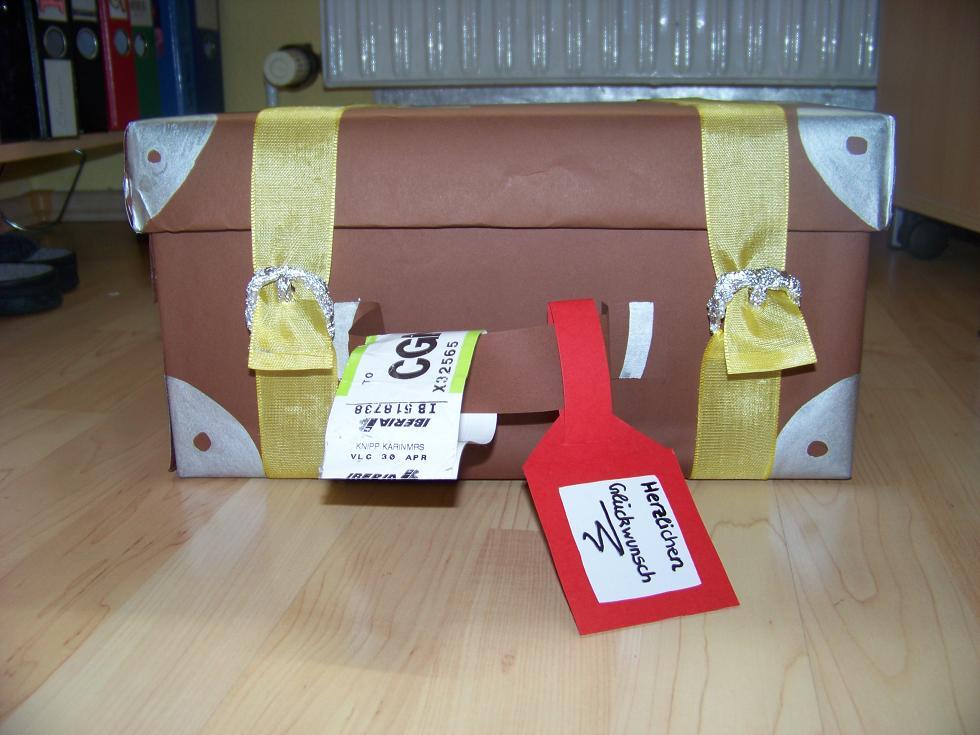 eska kreativ geschenkidee reisekoffer. Black Bedroom Furniture Sets. Home Design Ideas