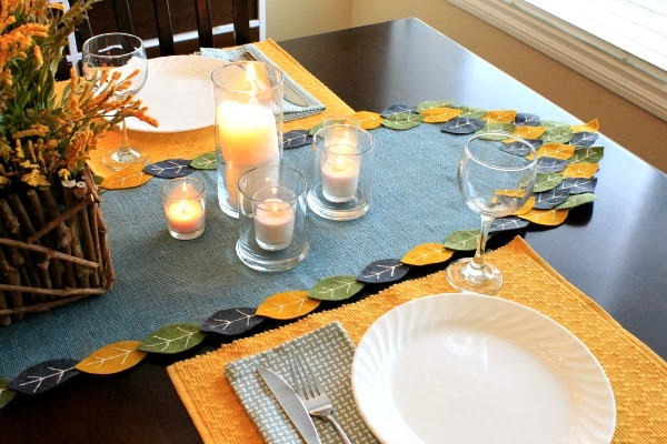 candles, fall table setting #tablerunner #felt #turkeytablescapes #myclevernest