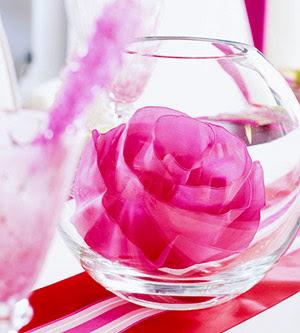 Еще один вариант цветка в бокале