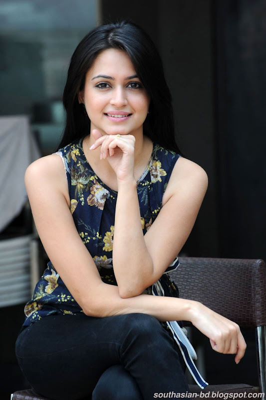 Kriti Kharbanda Latest HQ Wallpaper Gallery unseen pics