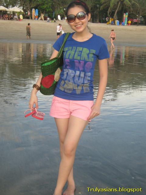 1 bp blogspot lhVrTkoiTfk UfwyqT3qvII AAAAAAAAD0s SFs7 BUtjm4 s1600 trulyasians blogspot Busty Indon Girl Nude 008