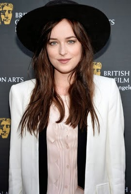 Dakota Johnson wear hat