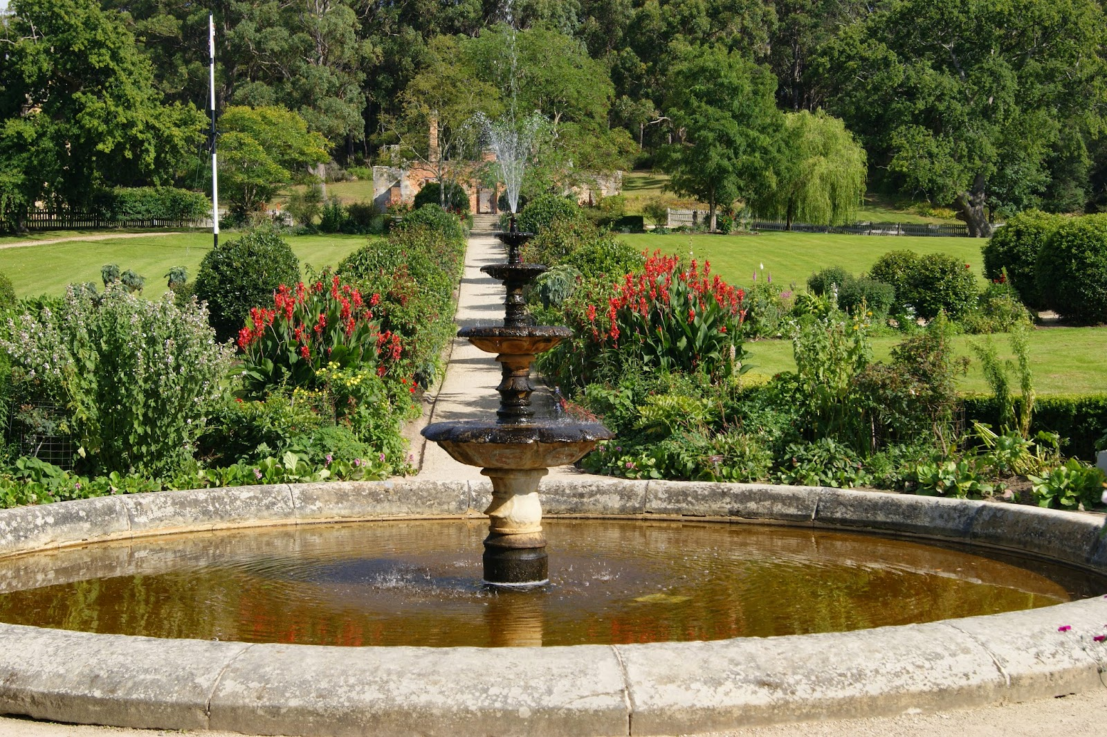 On The Convict Trail: Government Gardens, Port Arthur