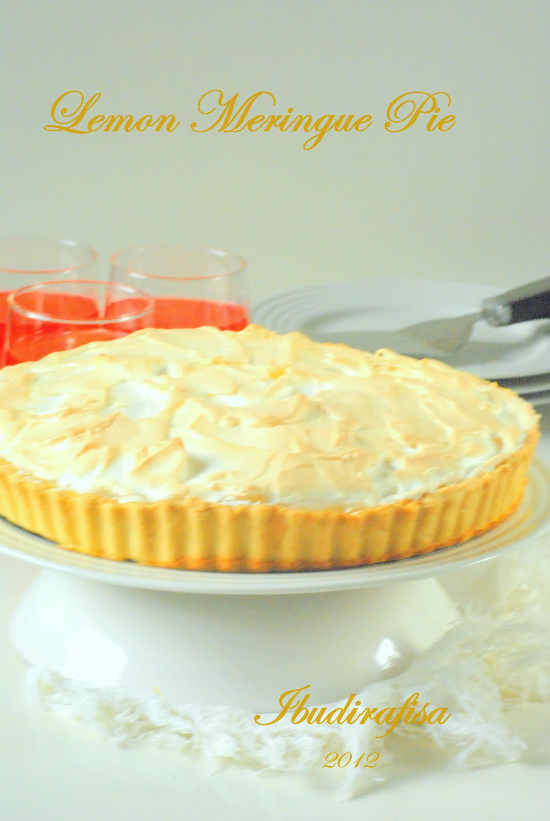 Ibudirafisa Durian Cup 75gr To Lightly Touch The Meringue Create Peaks Bake Oven For 8 10 Minutes Or Until Golden Set Aside 15 Minute Cool