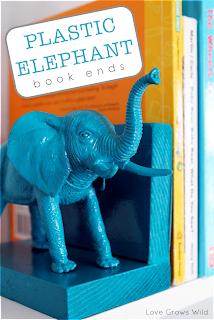 Plásticos elefante sujetalibros de www.lovegrowswild.com # diy # libro