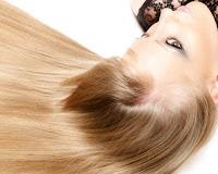 Daya Tarik Wanita Terletak pada Rambut