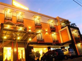 Aryuka Hotel
