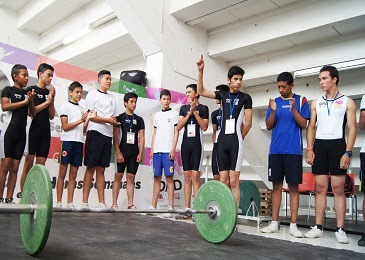 Jornada Completa en levantamiento de pesas