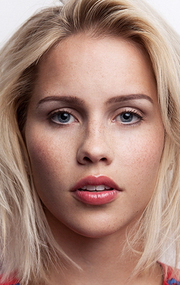 Claire Holt 977.by