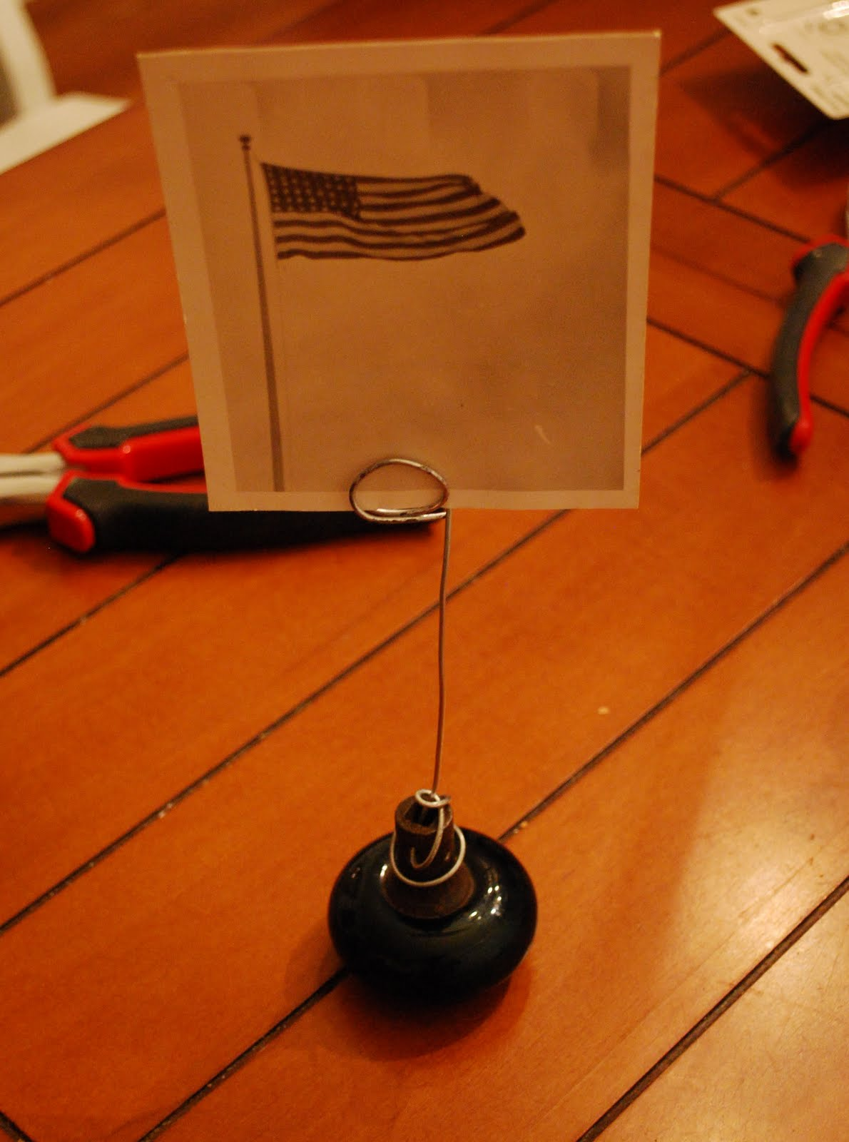 Antique Doorknob Photo Holder Tutorial and Link Party #1