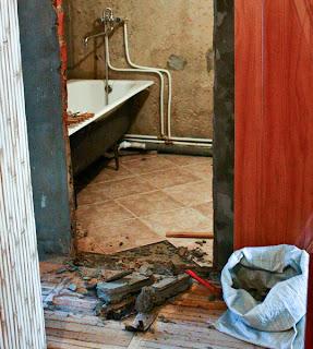 подготовка к установке двери в ванную комнату
