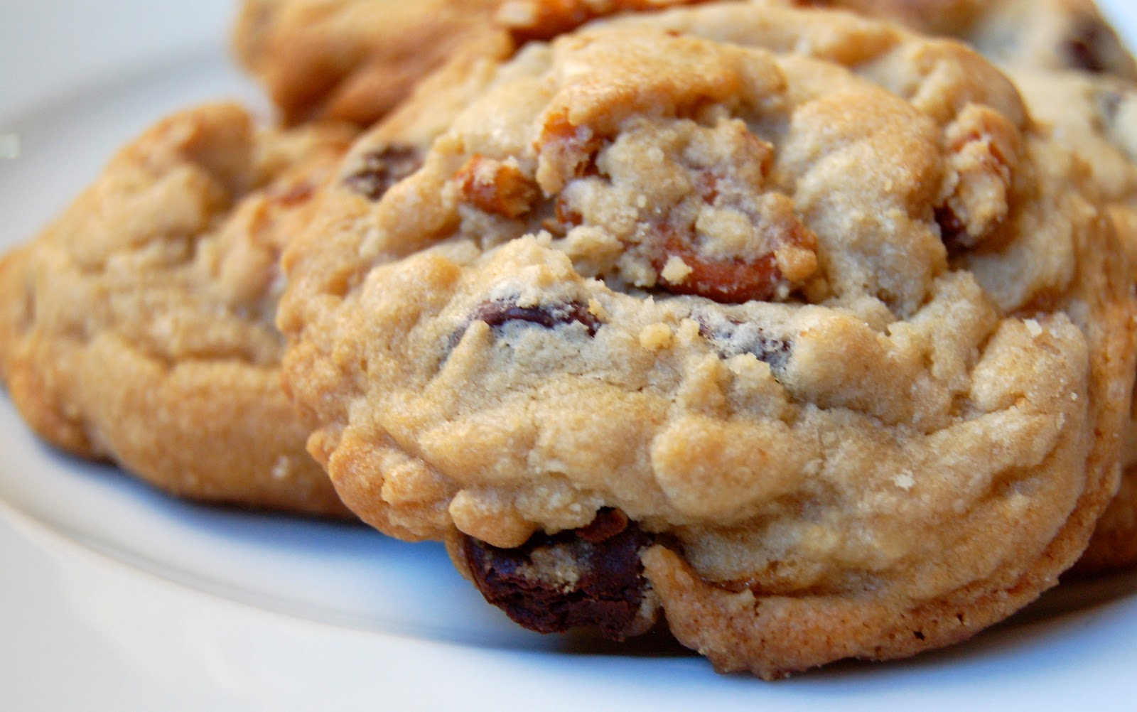 Mag-Pie's & more: Caramel, Pretzel and Chocolate Chip Cookies