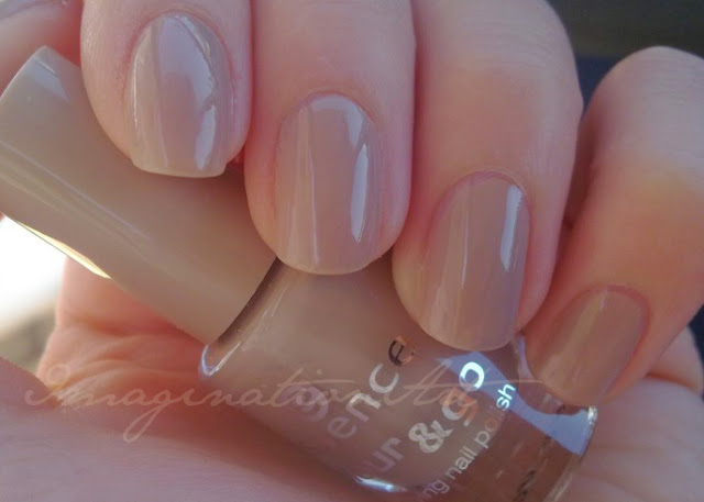 essence_nude_it_colour&go_color_and_go_swatch_swatches_smalto_unghie_nail_polish_lacquer_beige