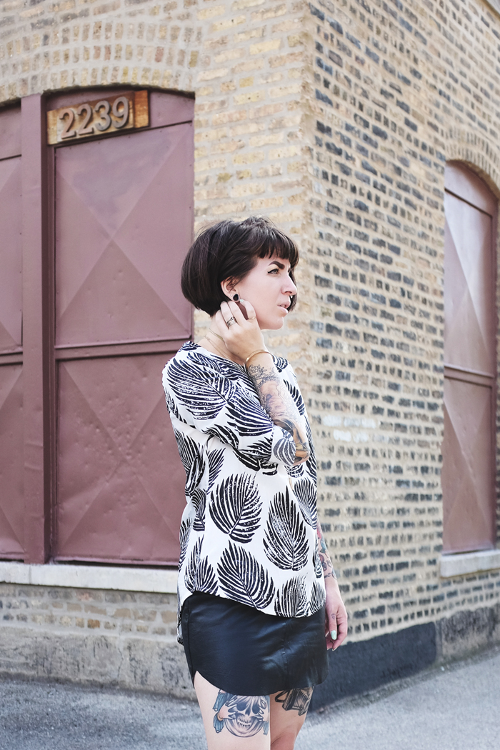 Minimal Black and White Palm Printed Blouse