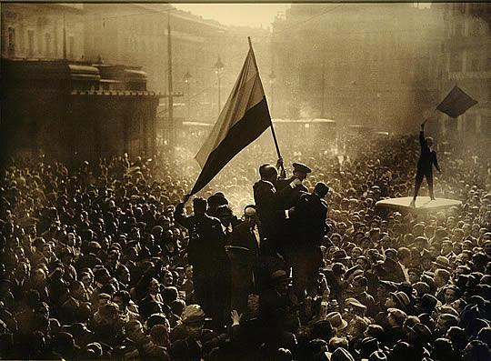 Revolución si, abajo el fascismo !