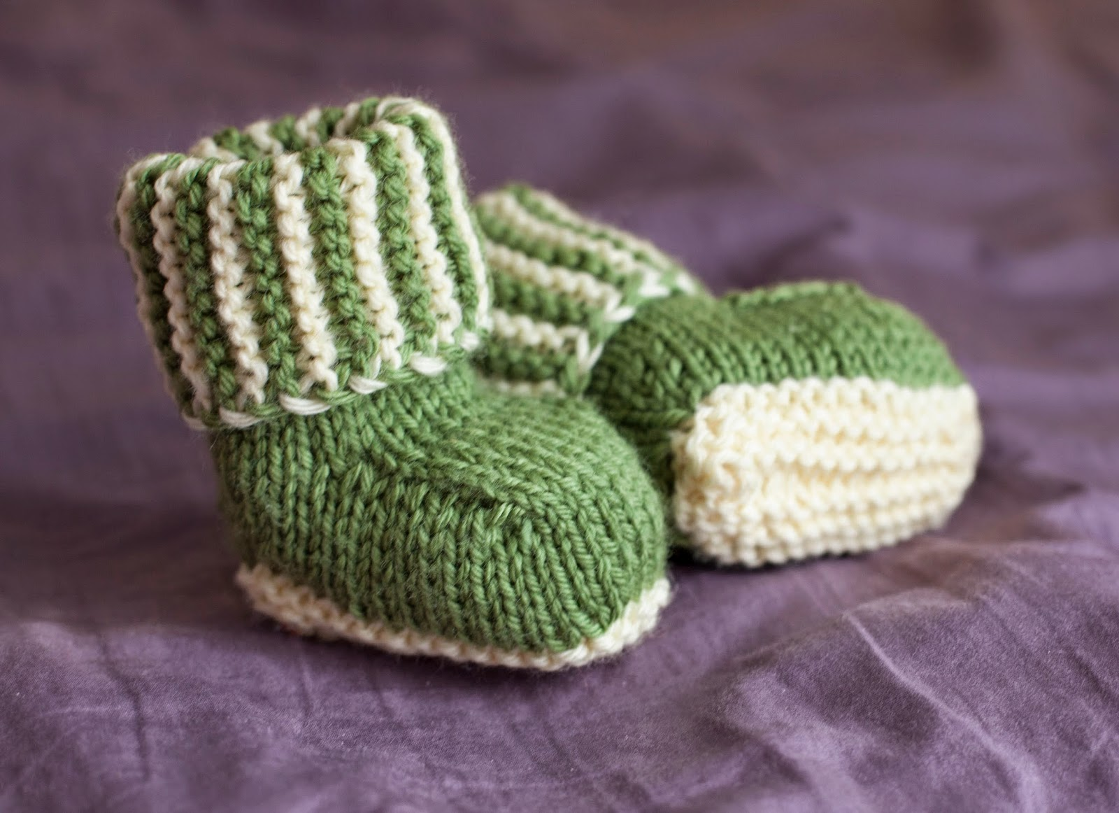 UNLIKELY: Green Striped Baby Booties- Autumn Street\'s Baby Ugg Pattern