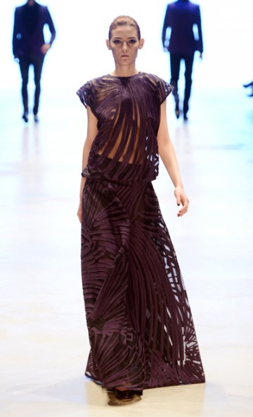 Mercedes Benz Fashion Week Atıl Kutoğlu 2013-2014 Sonbahar Kış Koleksiyonundan Gece Elbiseleri