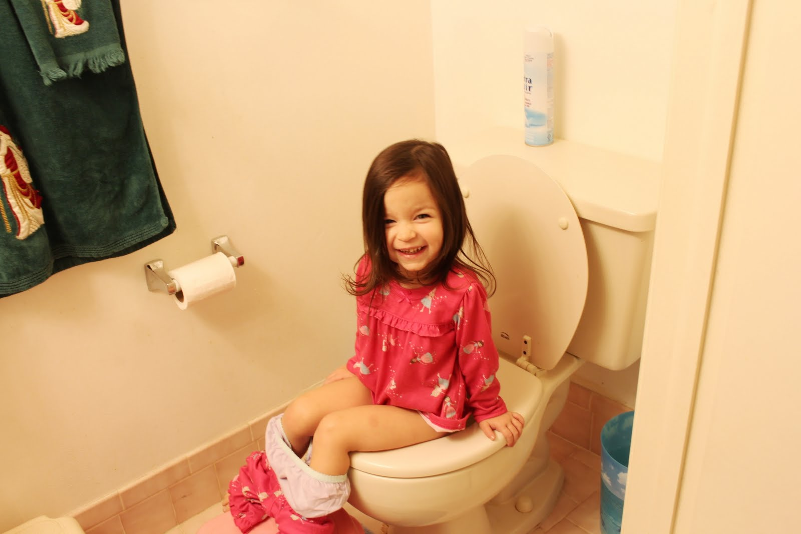 Child In Diapers Start Kindergarten How To Potty Train