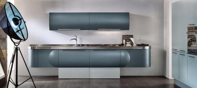 cuisine design arrondie par Aster. Coloris bleu gris métallisé.