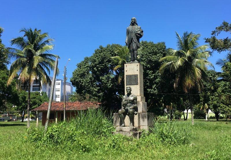 Monumento a João Fernades Vieira