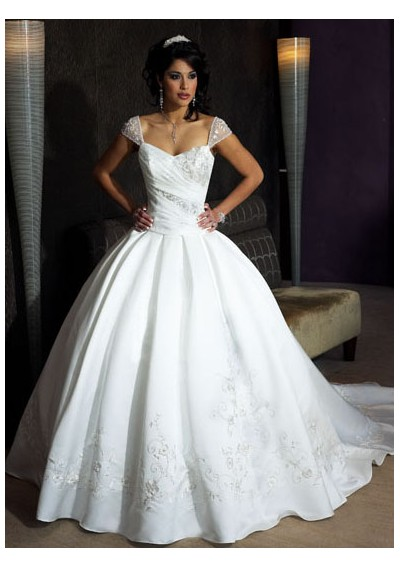 Wedding Dresses  Cost : Fossils antiques gorgeous wedding dresses prices