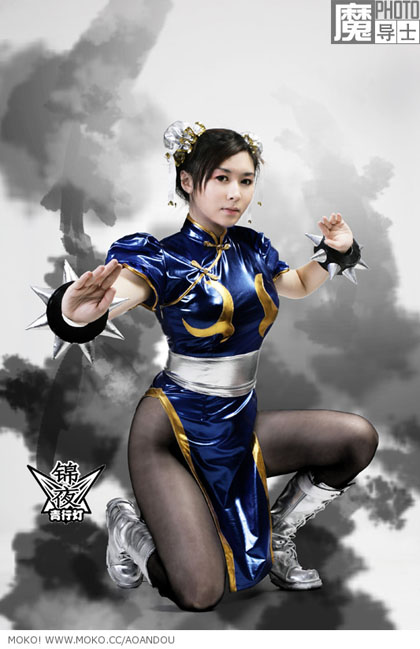 beautiful asian in chun li cosplay 02