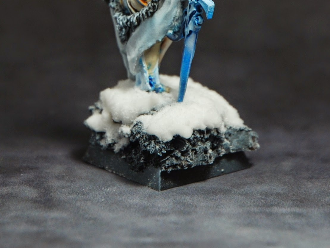 giggle raconte sa vie wargame peinture reaper miniatures ice queen socle enneig. Black Bedroom Furniture Sets. Home Design Ideas