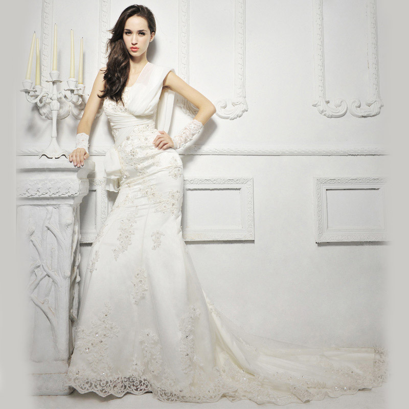 Wedding Dresses For Thin Brides : January the hairs