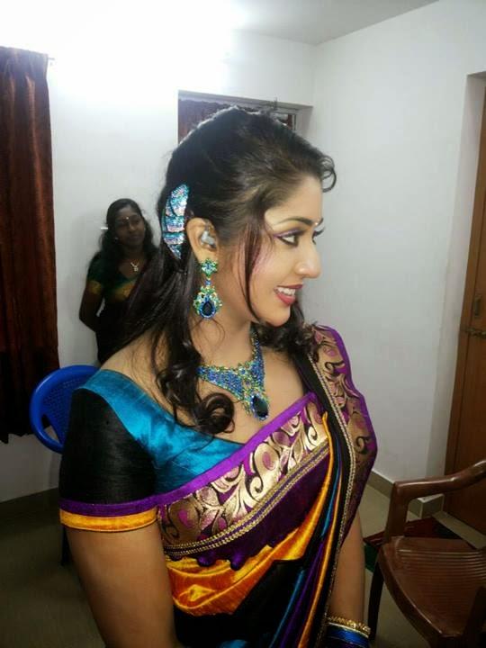 spicy heroines saree side view pics sexy malayalam actress actress rare photo gallery