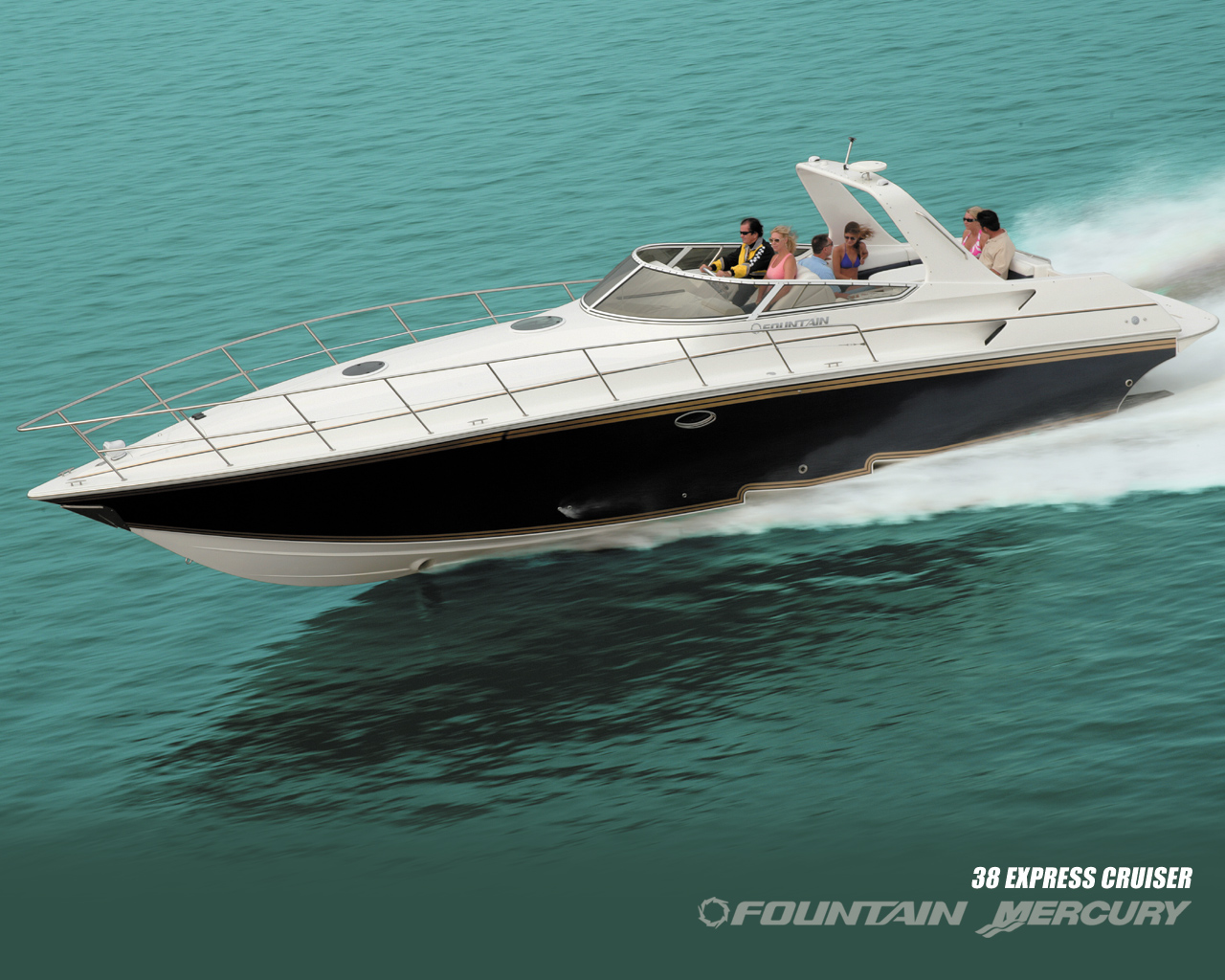 Fountain 38 Express Cruiser. Builder: Fountain Powerboats Loa: 38`