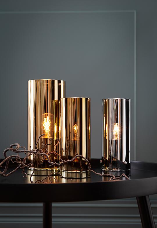 Storm bordslampa från Markslöjd - finns i koppar, guld och krom | www.var-dags-rum.se