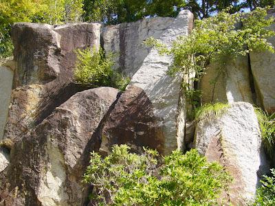 京都府京都府・けいはんな記念公園 水景園 巨石群