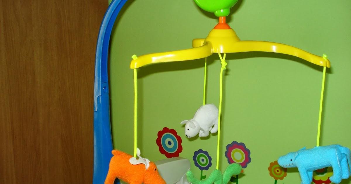 Cambiador m vil y cuadros decorativos para la habitaci n de un beb mi llave allen - Cambiador de bb ...