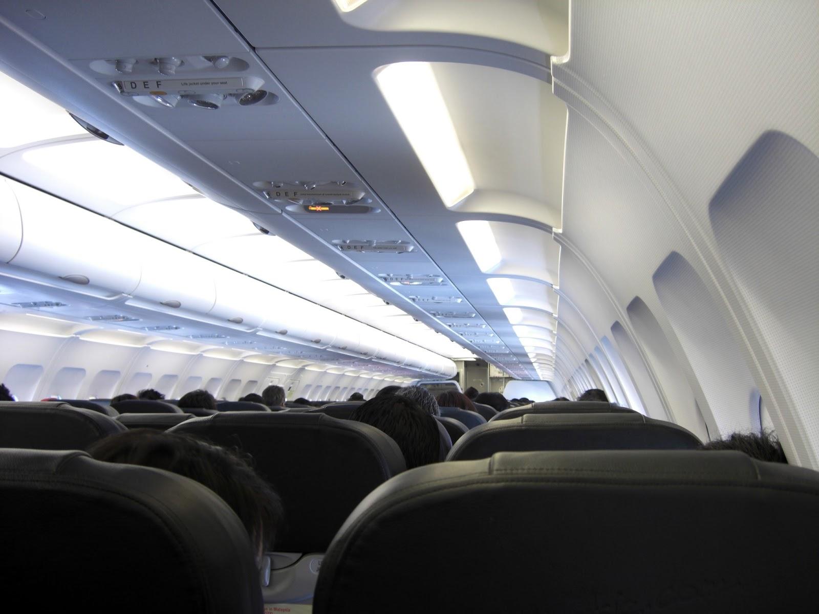 essa é uma das grandes dúvidas na hora de viajar de avião quem voa  #3C598F 1600 1200