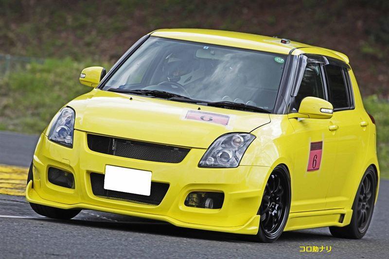 Suzuki Swift, III, MK3, trzecia generacja, 5-drzwiowy, żółty, wyścigi, hatchback, świstak, tuning, japonia, samochód japoński