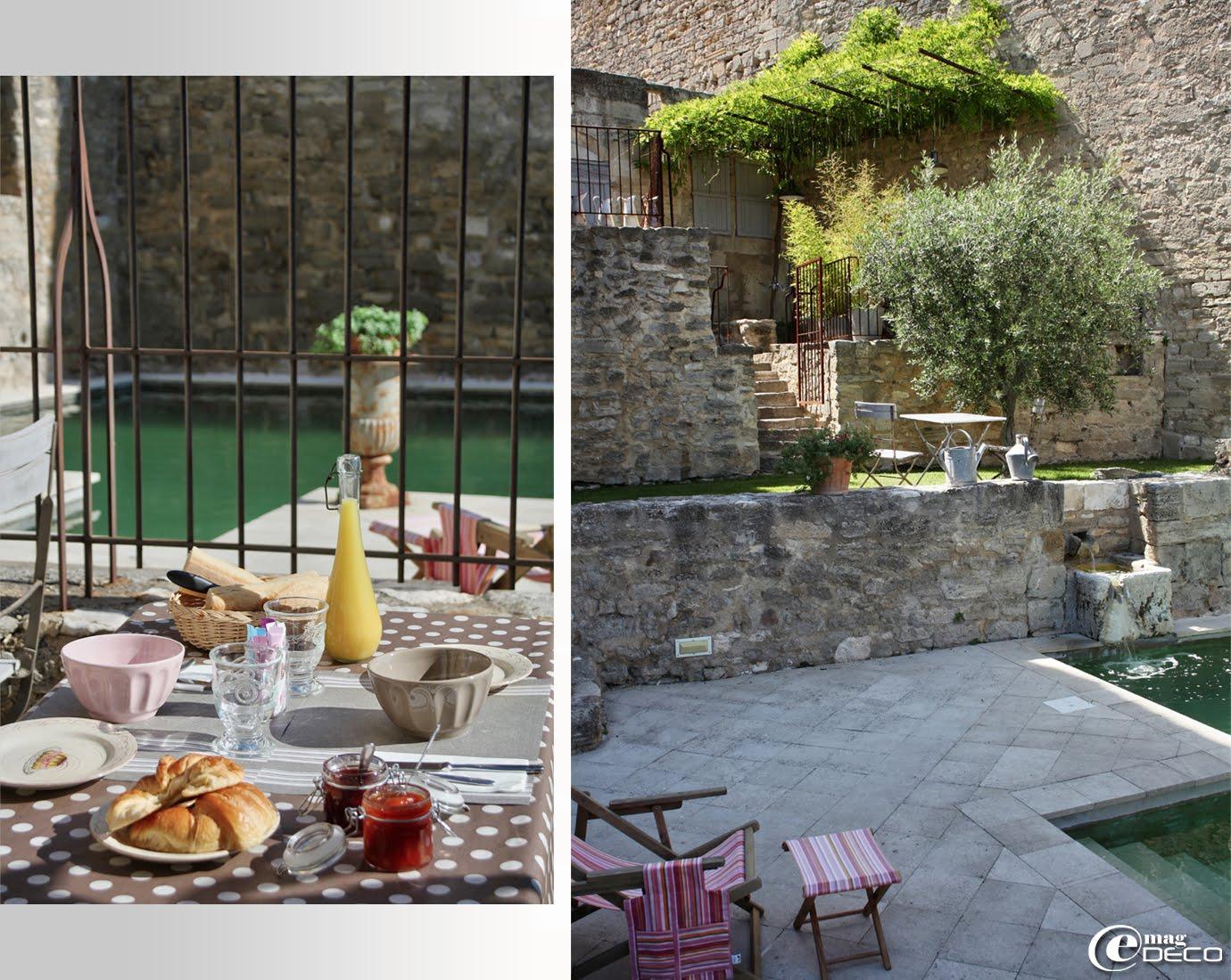 Petits déjeuners servis près de la piscine et aménagement de terrasses, Le Posterlon, chambre d'hôtes de charme en Provence