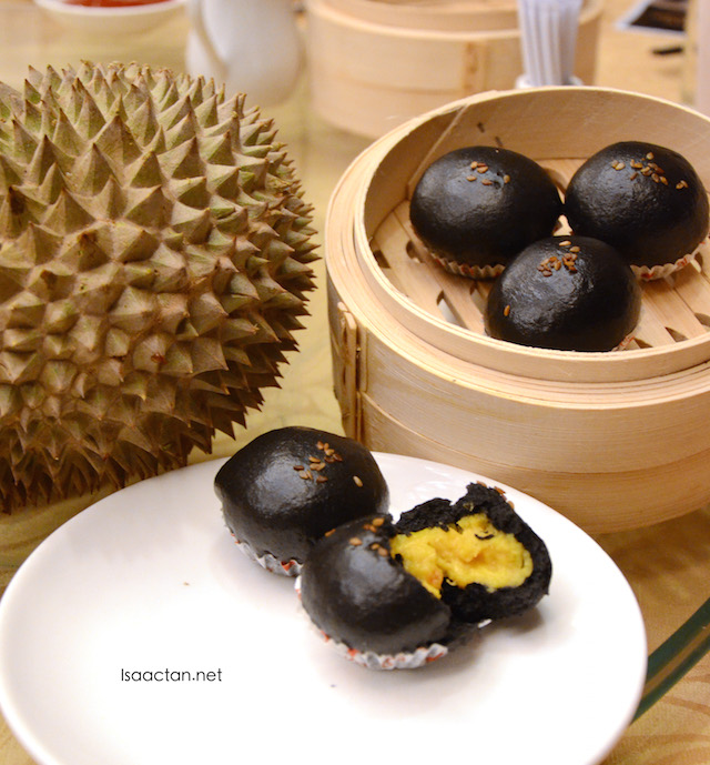Charcoal Buns (RM9.80)