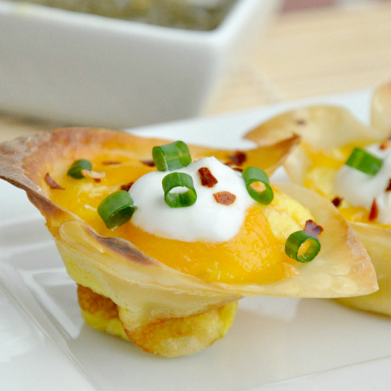 jalapeno popper mini wonton egg quiche cups