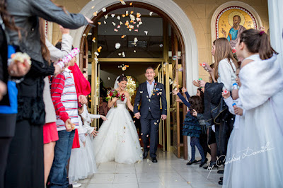 http://www.cyprus-photo.com/2015/04/unique-wedding-in-nicosia/