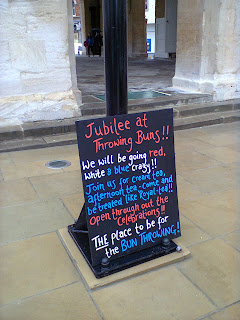 Jubilee at Throwing Buns!!