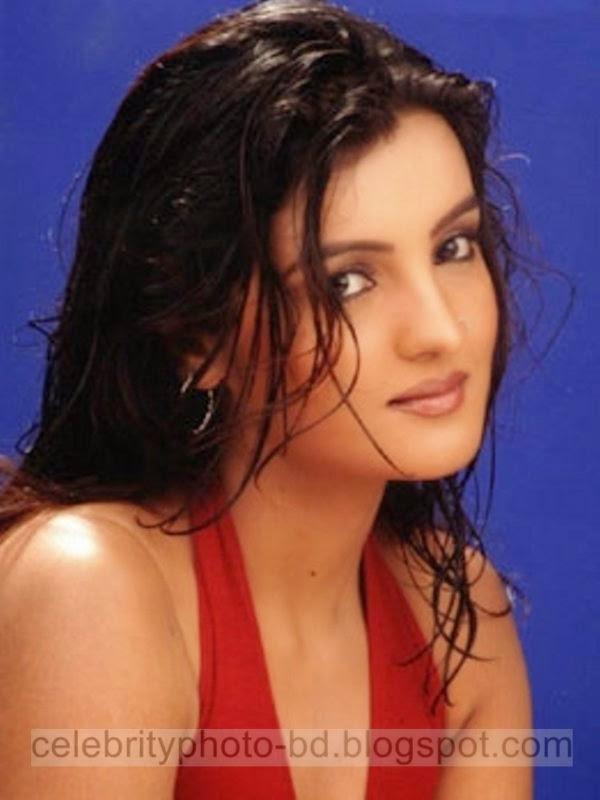 Gorgeous+Nepali+Actress+Arunima+Lamsal's+Latest+Hot+Photos+Collection+2014003