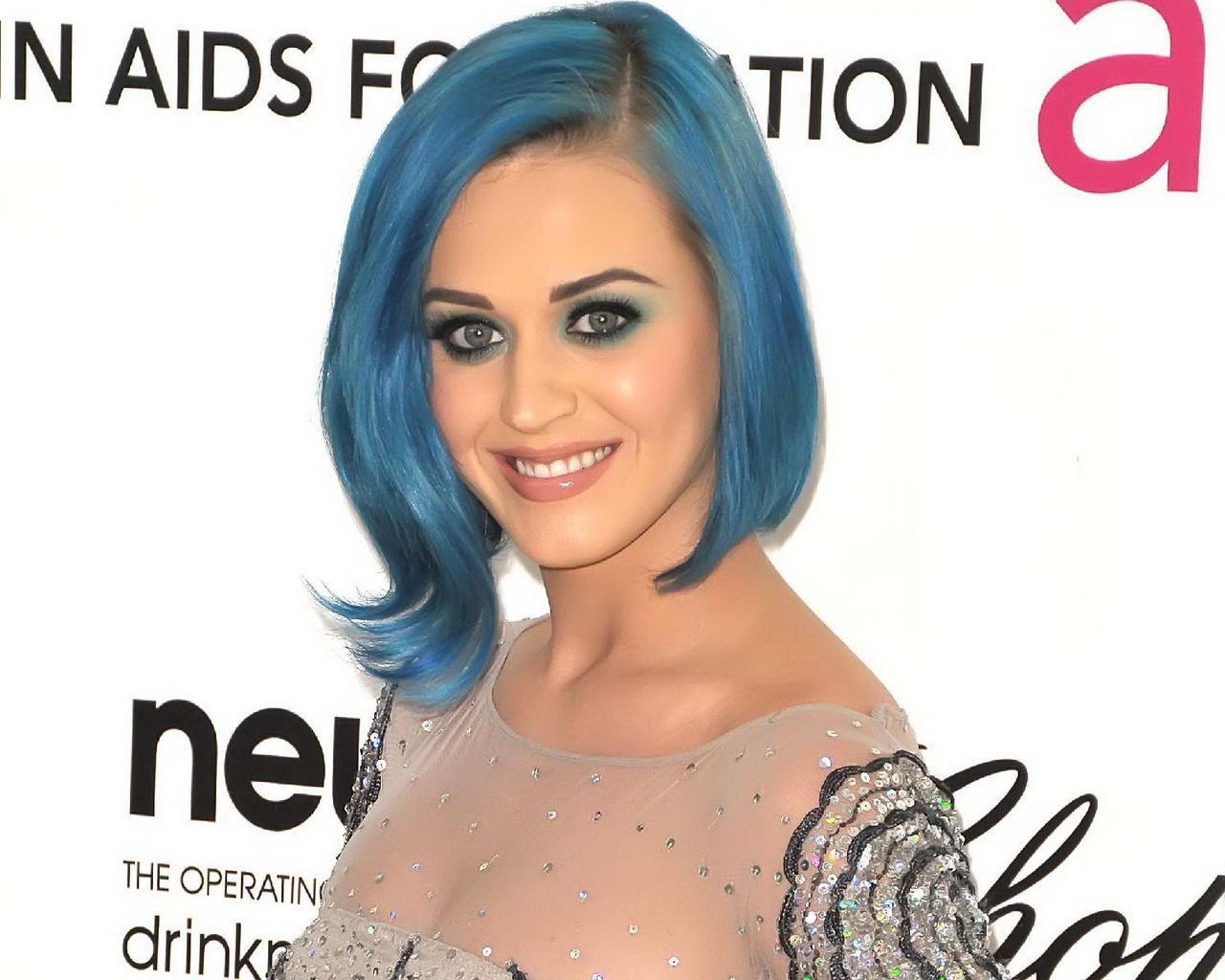 http://1.bp.blogspot.com/-lm2u2JgCCo8/T6TBWDolm_I/AAAAAAAARmQ/4KWGtbkxehA/s1600/Katy-Perry.jpg
